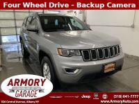 2018 JEEP GRAND CHEROKEE LAREDO 4X4 . ONE OWNER .SUPER