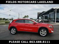 FUEL EFFICIENT 33 MPG Hwy/24 MPG City! CARFAX 1-Owner,