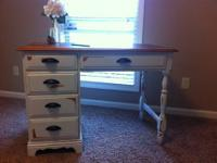 I'm selling a beautiful Flanders shabby chic desk. This