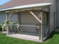 5' x 10' chain link fence dog kennel. 6' tall. Comes