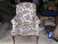 floral print If interested CALL John  Location: east