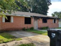 Selling a property in Chalmette on block off Palmisano.