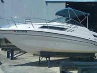 1994 Chaparral 240 Signature in great condition. This