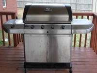 Large 4 burner Char-Broil Commerical Series Natural Gas