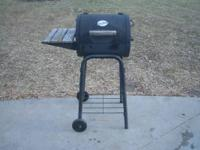 Small size Char Griller grille / smoker. In very good