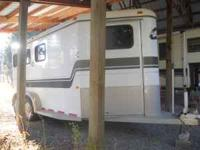 2001 Charmac Three Horse slant horse trailer with