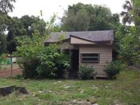 CHEAP PRICE! 2 bedroom 1 bathroom Home Location: