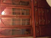 Excellent Condition - Lights and 2 glass shelves2