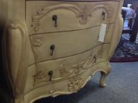 Dresser/Chest of Drawers - 3 Drawers Offwhite/Cream in