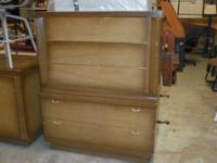 CHEST OF DRAWERS THE DRAWERS ARE MADE WITH CEDER READY