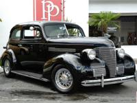 1939 Chevrolet Master Deluxe 2-Door Sedan in Black with