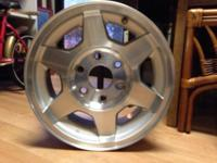 RV / trailer wheels - 6 lug - take offs - aluminum - 15