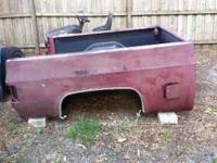 Short bed for '81-'87 Chevy C10 with tailgate, dual gas