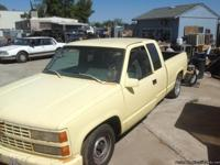 '92 CHEVY EXTENDED CAB 5.7 V8, AUTOMATIC, YELLOW W/