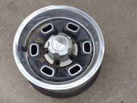complete set of 4 14 inch chevy rally wheels beauty