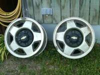 Complete set of Chevy rims to fit a 89 to 90 model