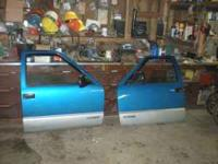 chevy S-10 doors off of 1994 s-10 pick up price:60 each