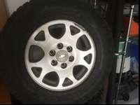 Set of 2005 Chevy Z71 rims with TPMS and Good year