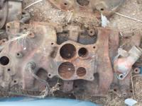 chevy cast iron 4 barrel intake manifold comes with