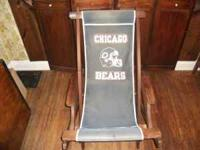 VERY OLD CHICAGO BEARS CANVAS ROCKER LAWN CHAIR,
