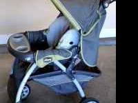 I am selling a travel stroller withouth the infant car