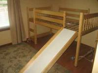 Children's loft bed, in great condition! No mattress