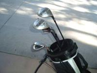 Complete set of Great matching Nike golf clubs, Rh and