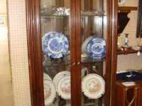 Mirror China Cabinet in great conditiCan be seen at: NE