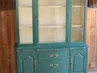 I am offering our stunning, Hunter Green China Cabinet