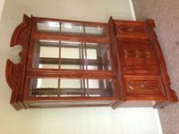 Very nice China Cabinet in Great Condition Height: