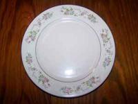 8 place setting, dinner plates, salad plates, bowls,