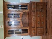 Oak china Hutch, Glass shelves, Lights, felt lined