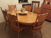 Beautiful China Hutch and matching Dining Table that