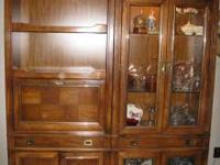 I am selling my very nice two piece china hutch and