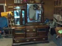 Nice china cabinet for sale. Not sure if its a china