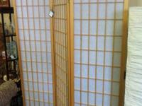 Blonde wood Chinese folding screen. Great shape! 59.99