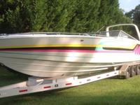 ***des::1982 Chris Craft Stinger 390; Interior is all