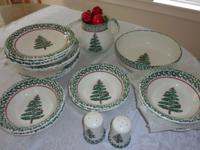 Christmas dishes, Furio Christmas Tree sponge painted