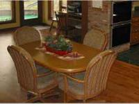 Chromcraft kitchen/dining room set. 6 solid oak chairs