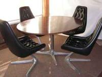 Fantastic mid century modern full dining set of four