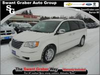 2009 Chrysler Town and Country Limited___ Features: