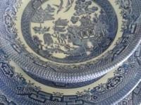 CHURCHILL BLUE WILLOW......5 Pieces Place Setting for