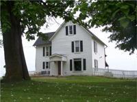 Residential home for sale near Cincinnati, IA in