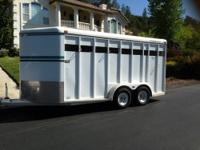 Beautiful circle J 3 horse slant load trailer! Pink