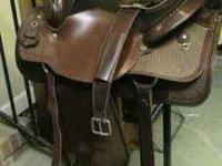Really nice , roping saddle, seat size 16''....tooled