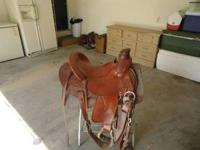 CIRCLE Y WADE SADDLE. 15 INCH SEAT. GREAT CONDITION-