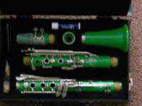 bright green clarinet for sale. all parts working, it