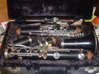 Buffet E-11 France Bb Clarinet that is in great