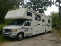 Class C Motorhome, Excellent condition. 99 Jayco