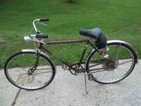 very nice 5-speed mens (or the ladies could ride it too